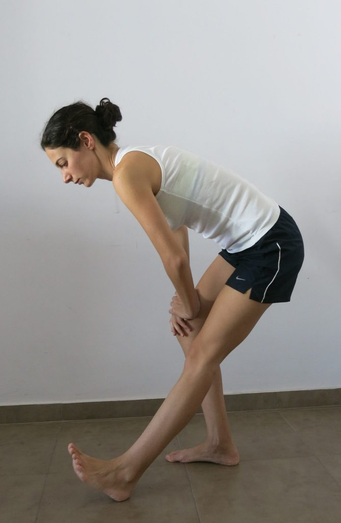 static-hamstring-stretch-1